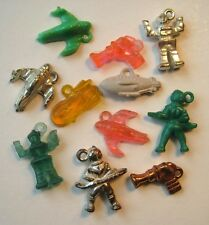 VTG Plastic OUTER SPACE Gumball Charms LOT Prize ROBOT RAY GUN SHIP MAN 1950's