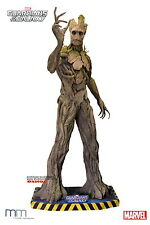 Muckle Marvel: Guardians of the Galaxy - Life Sized Groot Statue 265 cm
