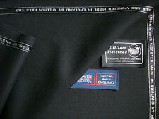 76% WOOL & 24% MOHAIR SUITING FABRIC MADE IN ENGLAND BY William Halstead– 5.22 m