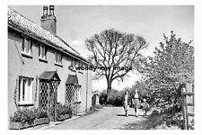pt8077 - Barwick in Elmet Village Chapel Lane , Yorkshire 1949 - photograph 6x4