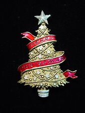 """JJ"" Jonette Jewelry Antique Gold Pewter 'Merry Christmas' Banner Tree Pin"