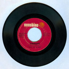 Philippines TITO, VIC & JOEY Alembonggahan OPM 45 rpm Record