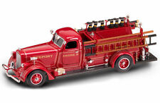 ROAD SIGNATURE 20148 1939 AMERICAN LAFRANCE B-550RC FIRE ENGINE TRUCK 1/24 RED