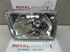 Toyota 4Runner 99-02 Left Front Headlight Genuine OEM OE
