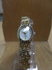 Classic Women's Cocktail Sergio Valente Watch Gold tone bracelet style oval face