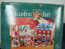 GRANDEUR NOEL ILLUMINATED PORCELAIN HOUSE SET CHRISTMAS VILLAGE