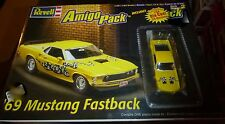 REVELL 1969 FORD MUSTANG FASTBACK {W/1/64 AMIGO} 1/25 MODEL CAR MOUNTAIN KIT FS