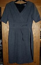TAHARI - GRAY/BLACK TWEED DRESS w/BELTED CUMMERBUND/EMPIRE WAIST - MISSES 6