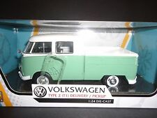 Motormax Volkswagen Type 2 T1 Delivery Pickup White and Green 1/24 79343
