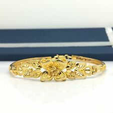 18k Yellow Gold Flower Bracelet Bangle