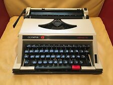 RARE European Vintage OLYMPIA Portable Typewriter Confortmatic 243 Made in Italy