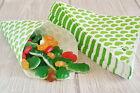 50 Papiertüten Spitztüten grüne Herzen CandyBar 19 cm Hochzeit Bonbontüten