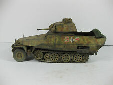 BUILT 1/35 SCALE GERMAN SDKFZ 251 MODIFIED HALFTRACK W/ FRENCH SOMUA S35 TURRET