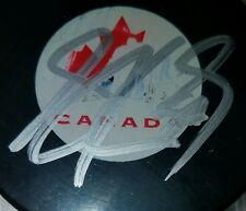 SIDNEY CROSBY SIGNED TEAM CANADA HOCKEY PUCK perfect BOLD SIGNATURE AUTOGRAPHED