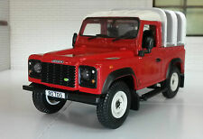 Land Rover Defender TDi TD5 TDCI 90 Ifor Williams Back 1:32 Scale Britains Model