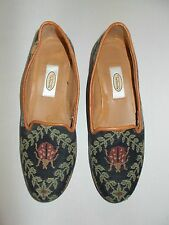 TALBOTS Vintage Black Red Green Ladybug  Needlepoint  Shoes Sz 5B Made in Spain