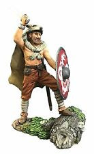 BRITAINS SOLDIER 62119 - Augnarr, Viking Warrior Attacking Wearing Wolfskin No.1