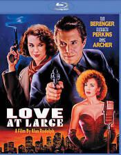 LOVE AT LARGE-LOVE AT LARGE  Blu-Ray NEW