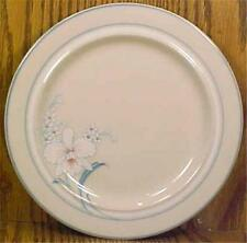 Epoch Symmetry New Julianne Salad Plate E176N White Flowers Cream Stoneware Blue
