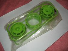 KYOSHO SM26KP Green Wheel Outrage Sandmaster Ultima Wheel Set NEW IN PACKAAGE..