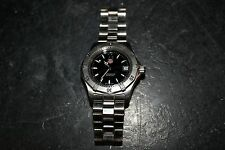 TAG Heuer WK1110-0 Mens' Wristwatch SS Black Face 200 Meters Professional --h