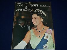 1969 THE QUEEN'S JEWELLERY BY SHEILA YOUNG - NICE PHOTOS - ELIZABETH - KD 130