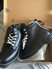 Dr Martens Black 939 Padded Ankle Boots. Women's Size 8 NIB