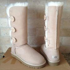 UGG BAILEY BUTTON TRIPLET TRIPLE SAND SUEDE SHEEPSKIN BOOTS US 8 WOMENS 1873
