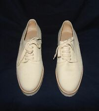 CHANEL Ivory Beige Canvas CC Logo Across Toe Laced-Up Vamp Low Heeled Shoe 39EUR