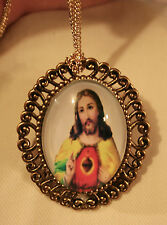 Lovely Swirl Rim Goldtone Warm Yellow Sacred Heart of Jesus Necklace Brooch Pin