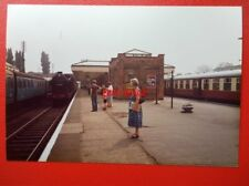 PHOTO  LEICESTERSHIRE LOUGHBOROUGH CENTRAL RAILWAY STATION 1984