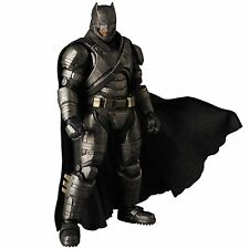 Medicom Toy MAFEX Batman vs Superman Dawn of Justice ARMORED BATMAN No.023 JAPAN