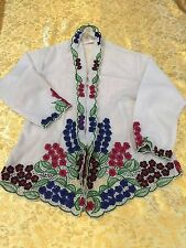 Used girl Nyonya style top , age 7-9 , white colour with florence embroidery