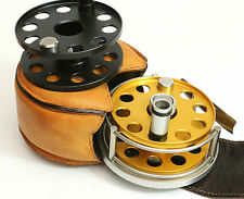 Ari't Hart ROUND II Fly Reel with cased spare spool