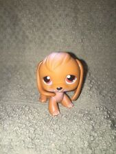 Littlest Pet Shop #16 brown beagle with brown red purple eyes