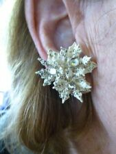 Authentic Vintage 1950's Gold & White Poinsettia & Rhinestone Clip Earrings