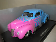 """U.Hobbies / Eagle`s Race  Ford  Deluxe  Hot  Rod  """"1940""""  1:18  OVP !!!"""