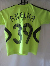 Chelsea Away Football Shirt Signed by Niclas Anelka with COA /22172