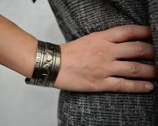 MARC JACOBS Gunmetal Silver Tribal Adjustable Cuff Bracelet NEW