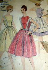 LOVELY VTG 1950s DRESS OVERSKIRT PETTICOAT VOGUE Sewing Pattern 12/32