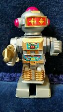 "White Knob Wind-up Silver Space Robot w/ gold blaster 3 1/2""~ Cosmic Artifacts"