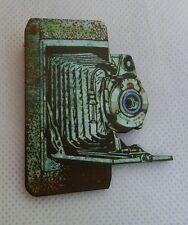 Vintage Style Camera Brooch or Scarf Pin Accessories Jewelry Wood NEW Fashion
