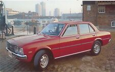 Toyota Corona 2000 Saloon Estate 1975-77 original UK Sales Brochure