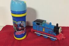 2001 THOMAS THE TRAIN LOCOMOTIVE TOY & SODOR DRINK CUP WITH SEALABLE TOP