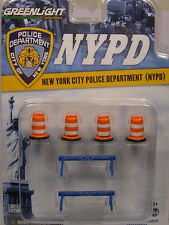 GREENLIGHT 1:64 SCALE DIORAMA ACCESSORIES NEW YORK POLICE DEPARTMENT 6-PIECE SET