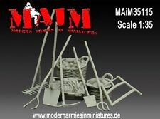 MAiM Models 1/35 Farm Accessories & Tools