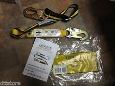 Guardian Fall Protection  01286 2.5' to 4' Shock Absorbing Lanyard  w/ Snaphooks