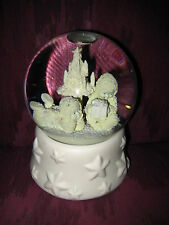 BEAUTIFUL CHRISTMAS THEMED SNOWGLOBE/MUSIC BOX - MUSIC IS FIRST DAY OF CHRISTMAS