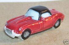 VOITURE CELEBRE JAGUAR E TYPE ROADSTER V12 ELTON JOHN FEVE PORCELAINE 3D 1/160