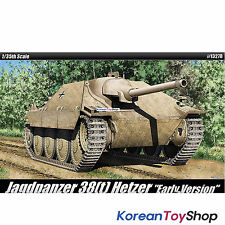 Academy 13278 1/35 Plastic Model Kit Jagdpanzer 38(t) Hetzer Early Version
